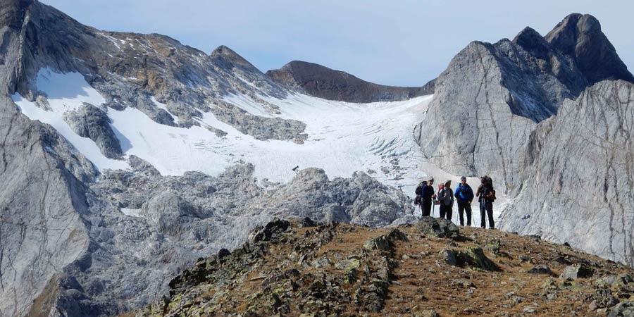 Les glaciers des Pyrénées face au réchauffement du climat